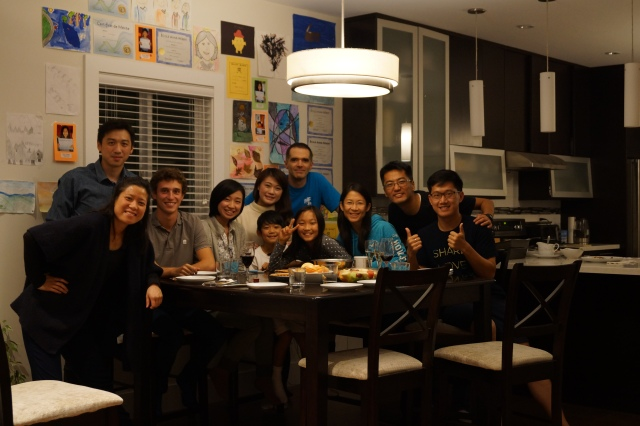 Thank you David Takagawa and Stacy for inviting me for Thanksgiving Dinner! From left to right: Katie, Kwan, Etienne, Yuri, Mika, Brendan, Al, Devon, Stacy, David, and me
